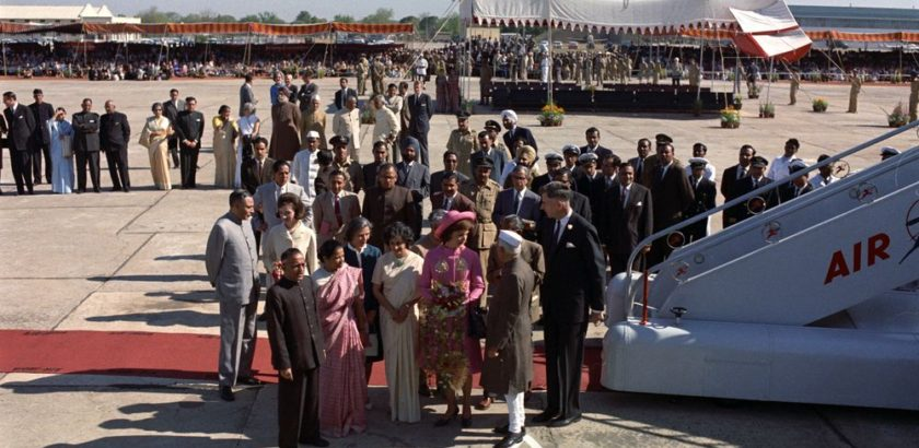 "ST-C117-26-62                    12 March 1962  First Lady Jacqueline Kennedy's (JBK) trip to India and Pakistan: New Delhi, Delhi, India, arrival.   Please credit ""Cecil Stoughton. White House Photographs. John F. Kennedy Presidential Library and Museum, Boston"""